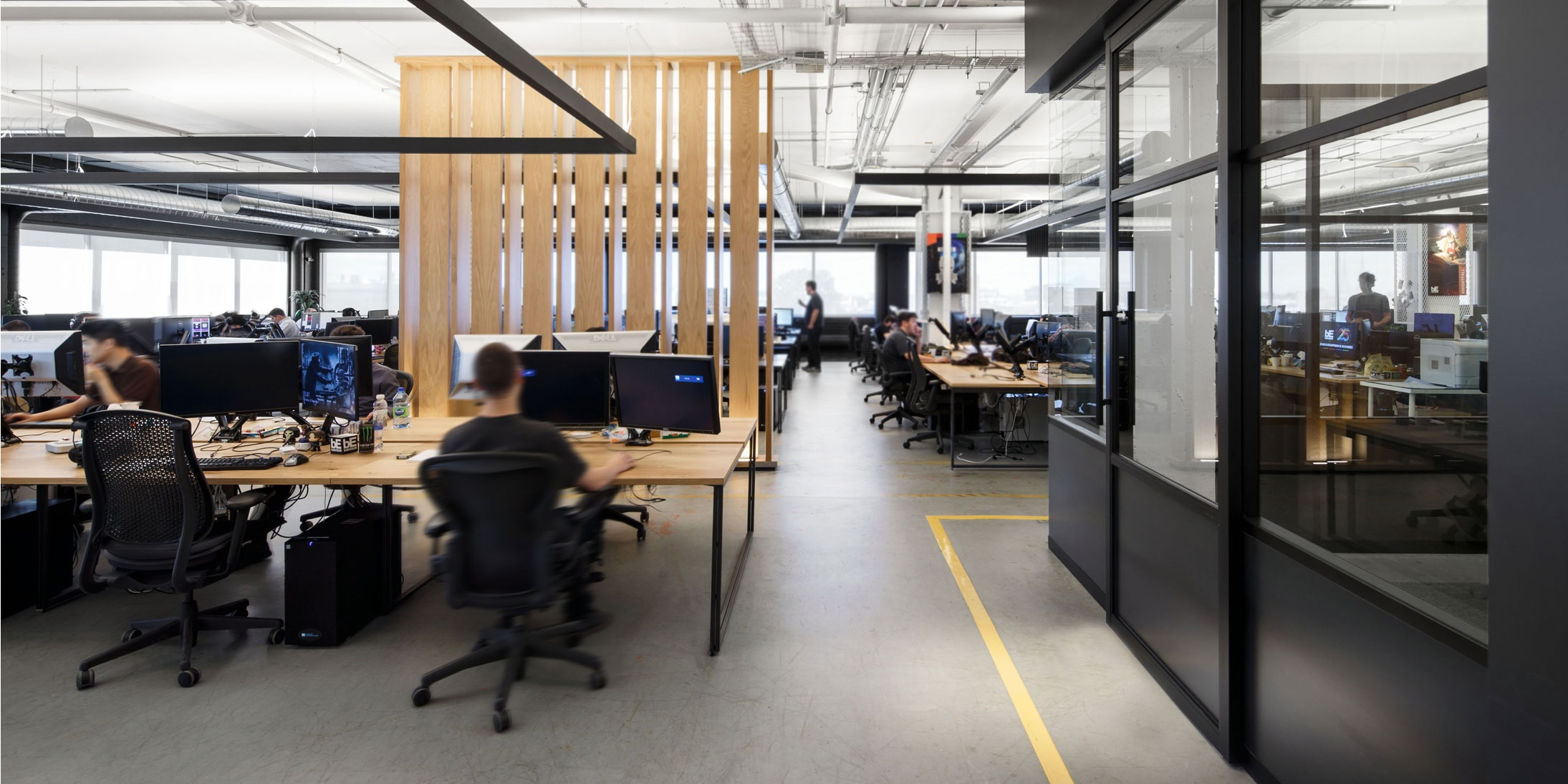 Open office environment with Starwall integrated wall systems